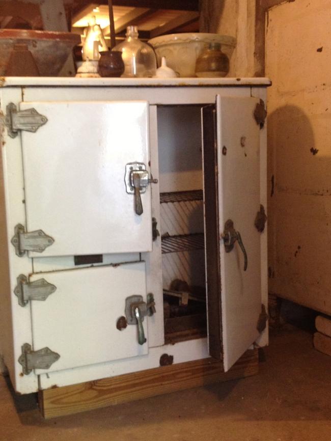 Old icebox