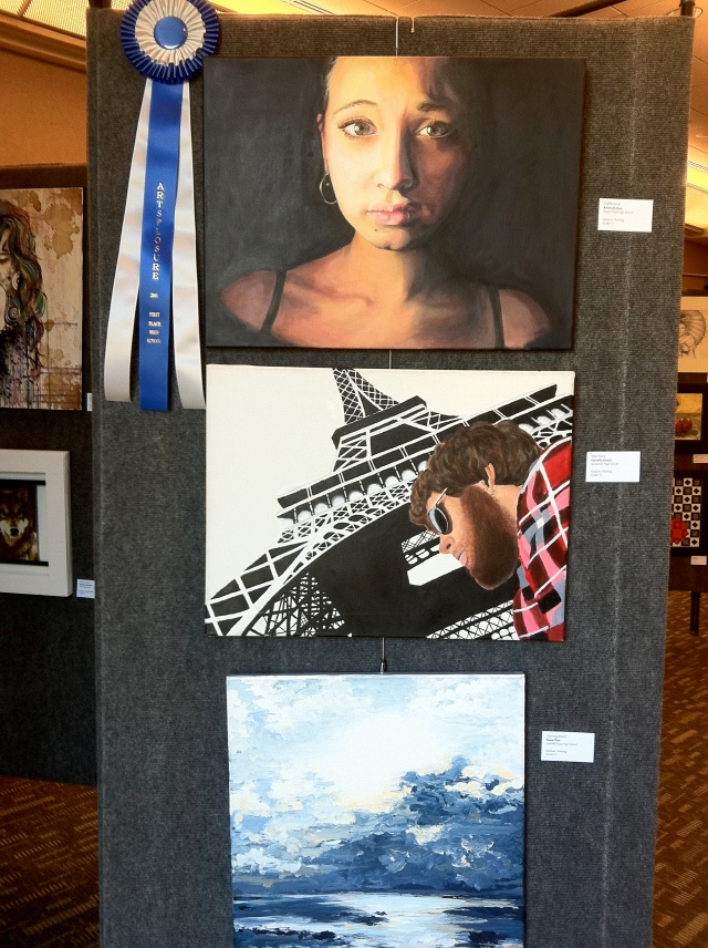 student art blue ribbon winner at Artsplosure